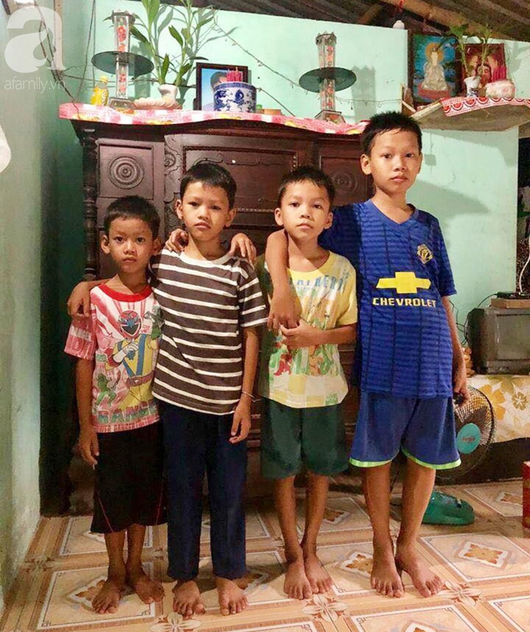 4 đứa trẻ mồ côi cha, ốm trơ xương vì đói ăn bên bà nội già yếu sau khi mẹ bỏ đi lấy chồng mới 1