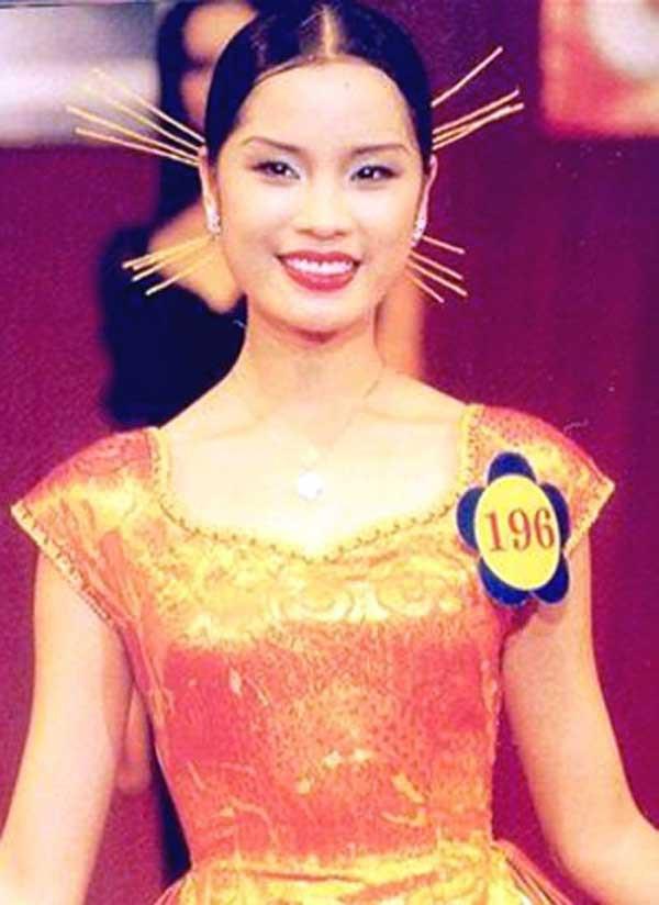 Cuộc sống viên mãn, an yên của mẹ 3 con Ngô Thúy Hà, Á hậu HHVN 1998 sau 20 năm đăng quang - Ảnh 2.