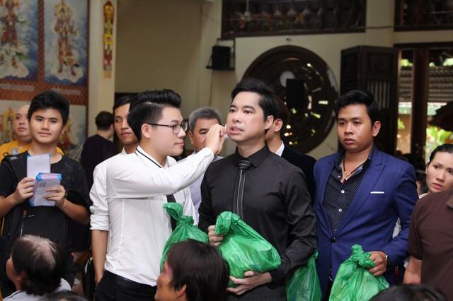 Sau ồn ào cưới Như Quỳnh, Ngọc Sơn bức xúc vì bị chê nhận nhiều con nuôi - Ảnh 3.