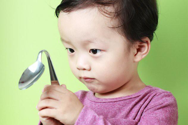 7 dấu hiệu của một em bé thông minh bẩm sinh, xem con bạn có không nhé! - Ảnh 3.