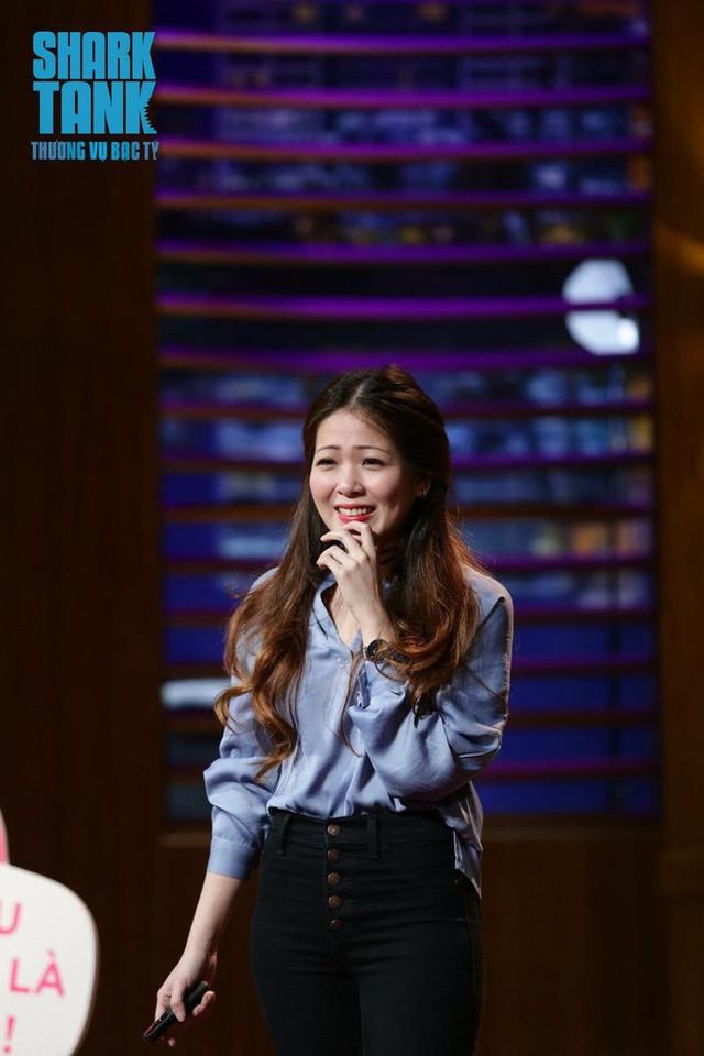 Nhìn em là anh thích đầu tư rồi: Chân dung doanh nhân hot girl 9X khiến Shark Phú phải thốt lên vì quá xinh đẹp - Ảnh 1.