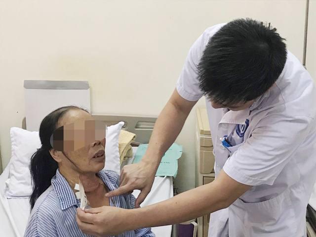 Bác sĩ Việt và kỳ tích nội soi tuyến giáp một lỗ đầu tiên trên thế giới - Ảnh 5.