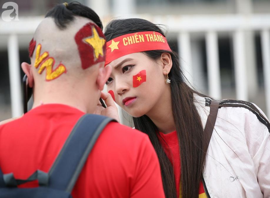 AFF CUP: Việt Nam 2 - 0 Malaysia, người hâm mộ vui sướng cuồng nhiệt - Ảnh 31.