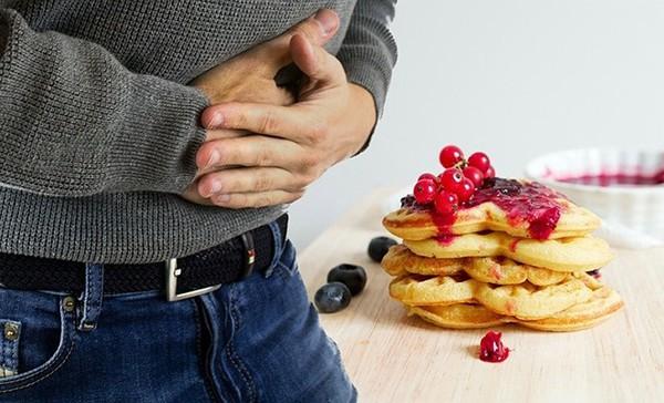 Bạn sẽ không ngờ rằng, chỉ thực hiện hành động này thường xuyên cũng giúp vòng 1 nảy nở, giảm hẳn các bệnh về tiêu hóa, cột sống - Ảnh 5.