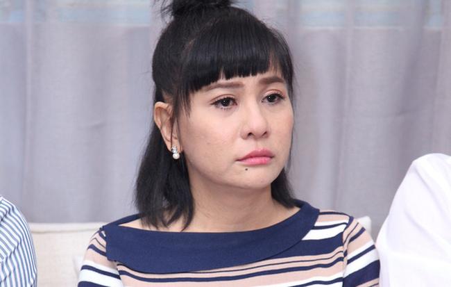 Bị lôi vào scandal An Nguy - Cát Phượng - Kiều Minh Tuấn, vợ chồng Huỳnh Đông cay đắng bật khóc  - Ảnh 1.