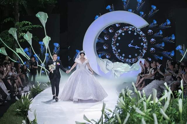Calla Show 2018 – Nơi viết tiếp trang chuyện tình ngọt như mơ của cặp đôi Irene Hoàng – Adonis Nguyễn - Ảnh 2.