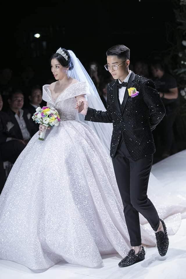 Calla Show 2018 – Nơi viết tiếp trang chuyện tình ngọt như mơ của cặp đôi Irene Hoàng – Adonis Nguyễn - Ảnh 3.