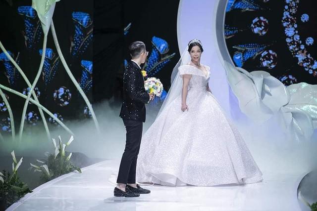 Calla Show 2018 – Nơi viết tiếp trang chuyện tình ngọt như mơ của cặp đôi Irene Hoàng – Adonis Nguyễn - Ảnh 4.