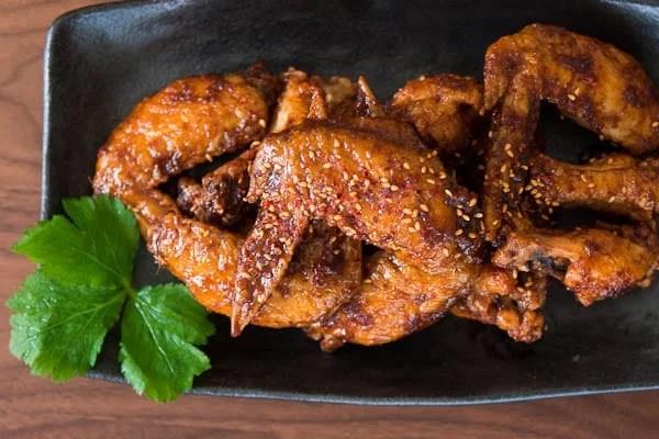 Học cách chiên cánh gà của người Hàn đảm bảo ngon ngất ngây - Ảnh 6.