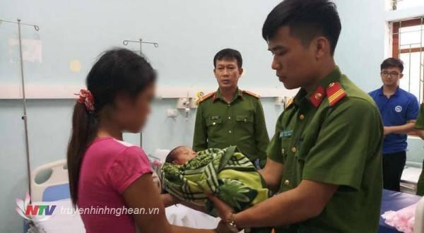 Người mẹ nhẫn tâm bán con gái mới 20 ngày tuổi để lấy 40 triệu đồng - Ảnh 2.