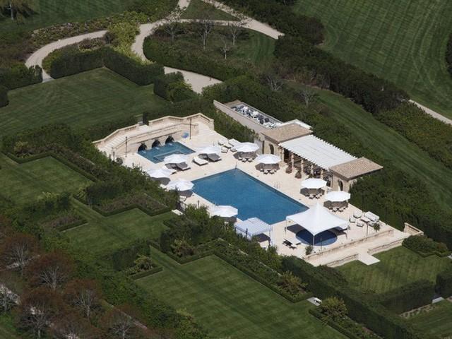Bên trong ngôi làng toàn dinh thự triệu đô ở Mỹ - Ảnh 8.