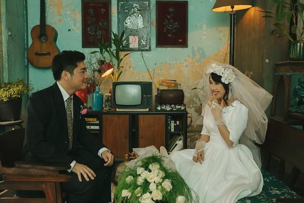 """Bộ ảnh cưới có 1-0-2 """"xuyên không"""" gần 1 thế kỉ của cặp đôi gặp nhau từ nhiều kiếp trước - Ảnh 14."""