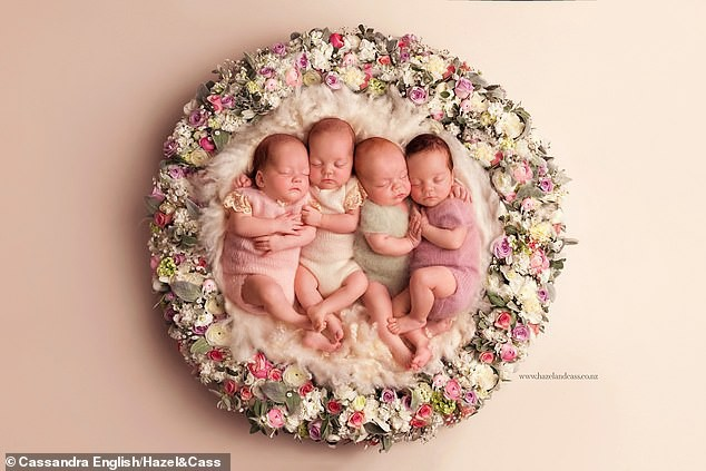 Ngắm 4 em bé đẹp tựa thiên thần trong ca sinh tư chào đời ở tuần thai thứ 29 - Ảnh 3.