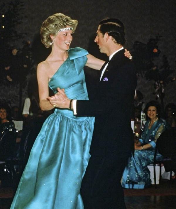 Công nương Diana, Sai lầm của phụ nữ khi yêu, tâm sự tình yêu