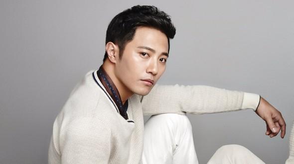 Sau Ha Ji Won, Jin Goo nối bước rút khỏi đoàn phim Prometheus - Ảnh 2.