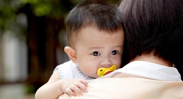 Những thói quen tưởng vô hại nhưng nếu không điều chỉnh sớm sẽ khiến răng trẻ xô lệch, khấp khểnh - Ảnh 1.