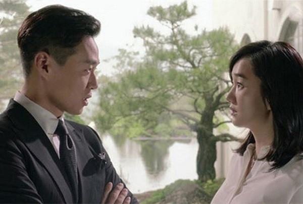 Chồng nghi ngờ vợ ngoại tình cho đến khi lục lọi túi xách của vợ và phát hiện sự thật chấn động - Ảnh 2.