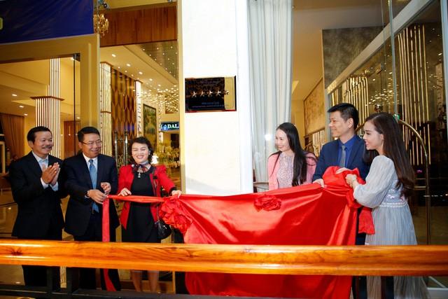 Công bố quyết định công nhận Khách sạn Ladalat đạt tiêu chuẩn 5 sao - Ảnh 3.