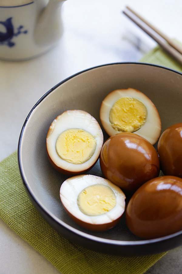 Chỉ nhờ thứ nguyên liệu đơn giản này, tôi đã nâng tầm vài quả trứng luộc thành món ngon miễn chê - Ảnh 9.