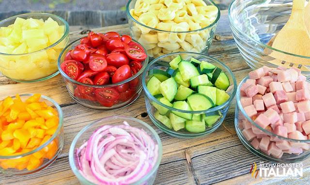 Bỏ túi ngay công thức 5 món salad siêu ngon ăn cả tuần giảm cân hiệu quả - Ảnh 1.