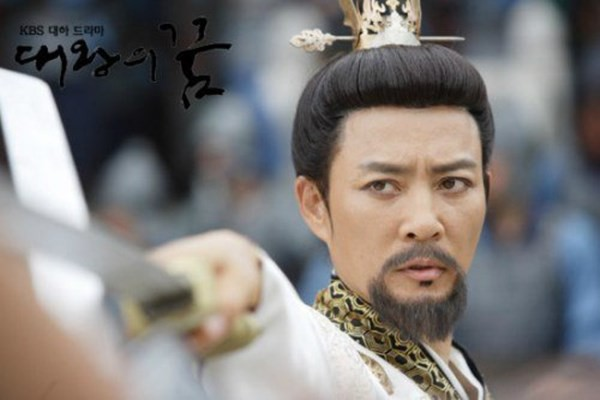 """Choi Soo Jong: San Hiếc của """"Mối tình đầu"""" ngày nào giờ đã U60 có cuộc sống hôn nhân viên mãn bên ngọc nữ xứ Hàn  - Ảnh 3."""