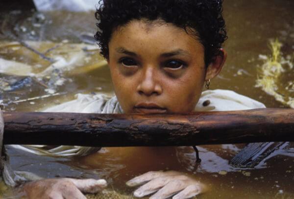 Bi kịch của Omayra Sanchez và đôi mắt đen hấp hối vẫn ám ảnh cả thế giới dù cho đã 33 năm trôi qua - Ảnh 4.