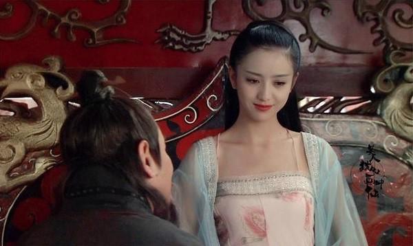 Học lỏm bí kíp phòng the của Hoàng hậu kỹ nữ khiến vua điên đảo, mê mệt - Ảnh 2.