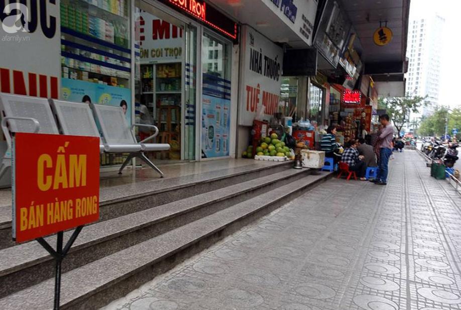 Tranh cãi gay gắt giữa cư dân và nhóm ki-ốt kinh doanh tại chung cư HH Linh Đàm - Ảnh 2.