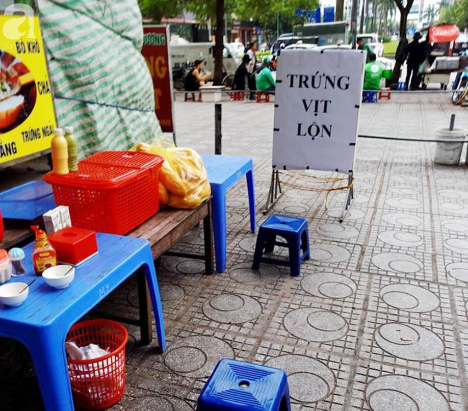 Tranh cãi gay gắt giữa cư dân và nhóm ki-ốt kinh doanh tại chung cư HH Linh Đàm - Ảnh 7.