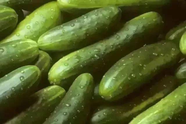 Đây là những loại thực phẩm quen thuộc không nên bảo quản trong tủ lạnh nếu không muốn chúng hư hỏng nhanh chóng - Ảnh 4.