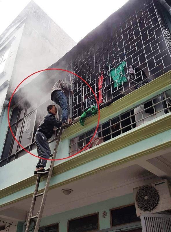 Hà Đông: Chủ nhà nạp pin xe điện qua đêm gây hoả hoạn - Ảnh 1.