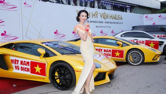 Bật mí sốc có 1-0-2 của dàn Hoa hậu Á hậu: Ngọc Hân, Huyền My… cổ vũ tuyển VN AFF Cup! - Ảnh 5.