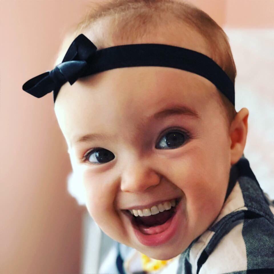 Cười \u201crụng rốn\u201d với loạt hình chế đáng yêu: Khi bé được mẹ