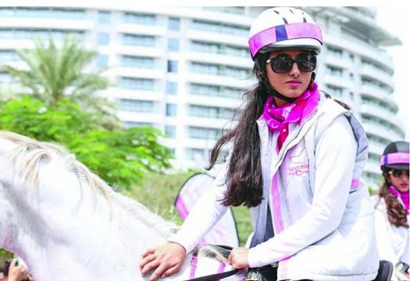 Hai tiểu công chúa Dubai từng làm chao đảo cộng đồng mạng giờ đã trưởng thành với vẻ ngoài xinh đẹp hết phần thiên hạ - Ảnh 12.