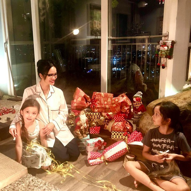 Ngắm loạt nhóc tỳ nhà sao Việt cực dễ thương trong loạt ảnh Giáng sinh, bất ngờ nhất là cô tiểu thư này - Ảnh 4.