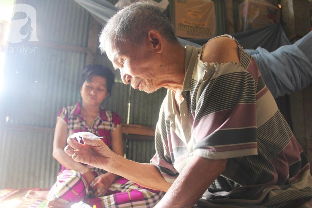 Rớt nước mắt cảnh cha già có đến 6 người con nhưng cuối đời phải chăm con gái bệnh tật không tiền chữa - Ảnh 6.