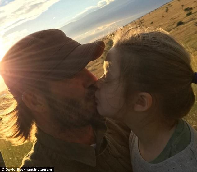 Con gái 7 tuổi bố vẫn hôn môi con, có nên thể hiện tình cảm theo cách mà Beckham vẫn làm? - Ảnh 4.
