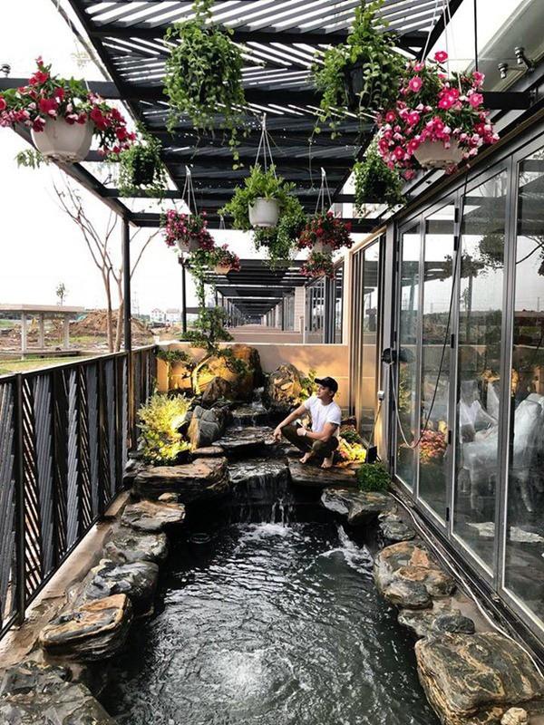 Cuộc sống giàu có trong 2 căn biệt thự xa hoa, riêng hồ cá đã hơn 1 tỷ của Cao Thái Sơn - Ảnh 7.
