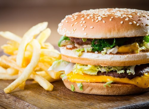 Ăn nhiều 5 thực phẩm này không những tăng cân mà còn gây viêm cho cơ thể - Ảnh 2.