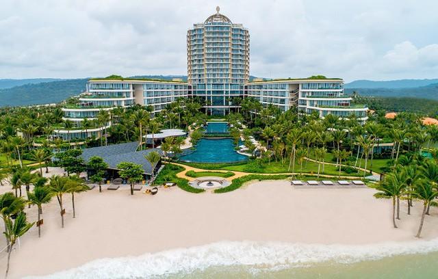 Intercontinental Phu Quoc Long Beach Resort đạt cú đúp 3 giải thưởng danh giá tại World Travel Awards 2018 - Ảnh 4.