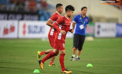 Phá dớp Mỹ Đình hạ Philippines, đội tuyển Việt Nam vào chung kết AFF Cup sau 10 năm chờ đợi - Ảnh 8.