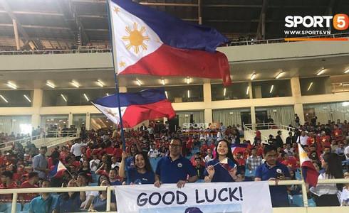 Phá dớp Mỹ Đình hạ Philippines, đội tuyển Việt Nam vào chung kết AFF Cup sau 10 năm chờ đợi - Ảnh 10.