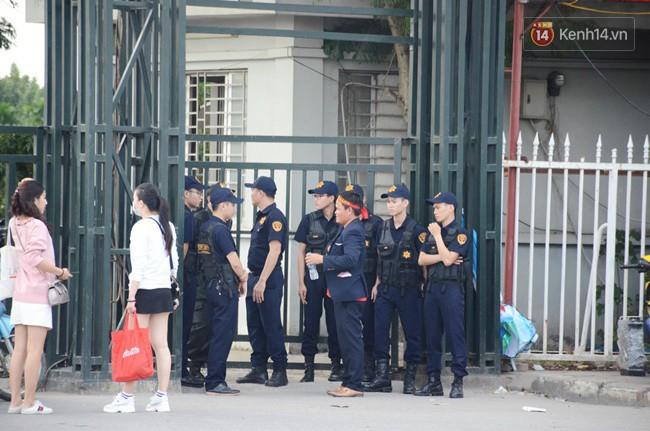 Hà Nội tung hàng nghìn cảnh sát chốt chặn, giữ an ninh trận bán kết lượt về Việt Nam - Philippines - Ảnh 3.