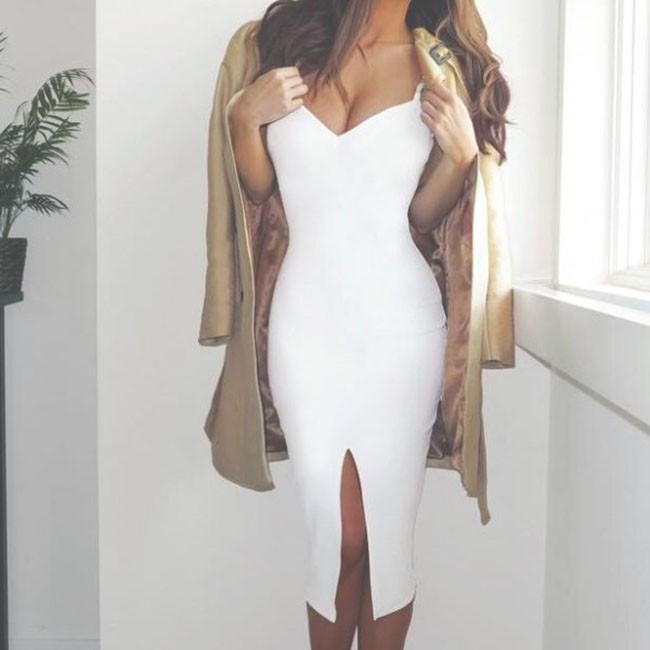 7 mẹo ăn mặc cực đơn giản giúp chị em xóa bỏ vẻ ngoài cũ kỹ, biến hình thành cô nàng hiện đại - Ảnh 1.