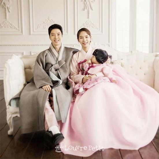 Lee Dong Gun -  Jo Yoon Hee thoát mác cặp đôi con ghẻ nhờ có cô con gái quá đáng yêu - Ảnh 1.