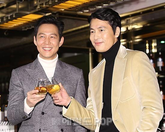 2 ông chú độc thân hấp dẫn nhất xứ Hàn dự sự kiện: U50 vẫn sexy, cực phẩm một thời đọ sắc cùng khung hình - Ảnh 3.