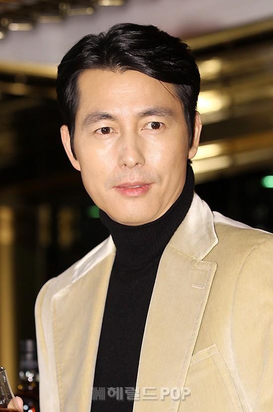 2 ông chú độc thân hấp dẫn nhất xứ Hàn dự sự kiện: U50 vẫn sexy, cực phẩm một thời đọ sắc cùng khung hình - Ảnh 7.