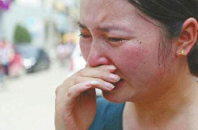 Phát hiện con gái 8 tháng tuổi có mùi lạ ở vùng kín, mẹ đưa con đến bệnh viện rồi đứng tim vì biết tội lỗi là do chính mình - Ảnh 1.