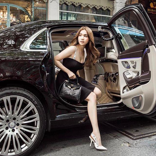 Ngọc Trinh khởi động năm mới với màn khoe BST túi Hermes cả chục tỷ đồng - Ảnh 6.