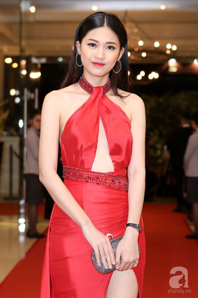 Đây là những gam màu được các người đẹp Việt ưu ái mở màn cho xu hướng sắc màu năm 2018 - Ảnh 10.